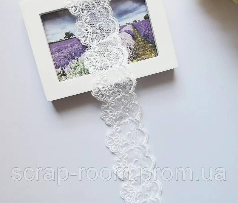 Кружево белое сетка с вышитыми цветами, ширина кружева 5 см, цена указана за 45 см