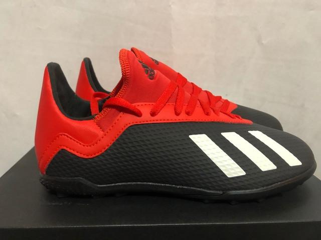detskie-futbolnye-sorokonozhki-adidas-9q2q18761