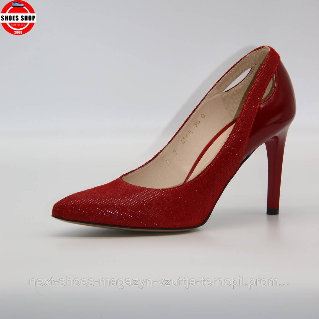 Жіночі туфлі Anis (Польща) червоного кольору. Дуже красиві та зручні. Стиль: Алісія Вікандер