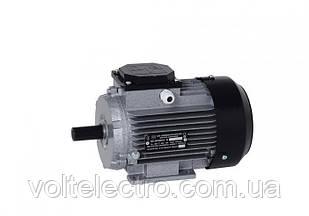 Электродвигатель асинхронный  0,75 кВт 3000 об/мин  лапи