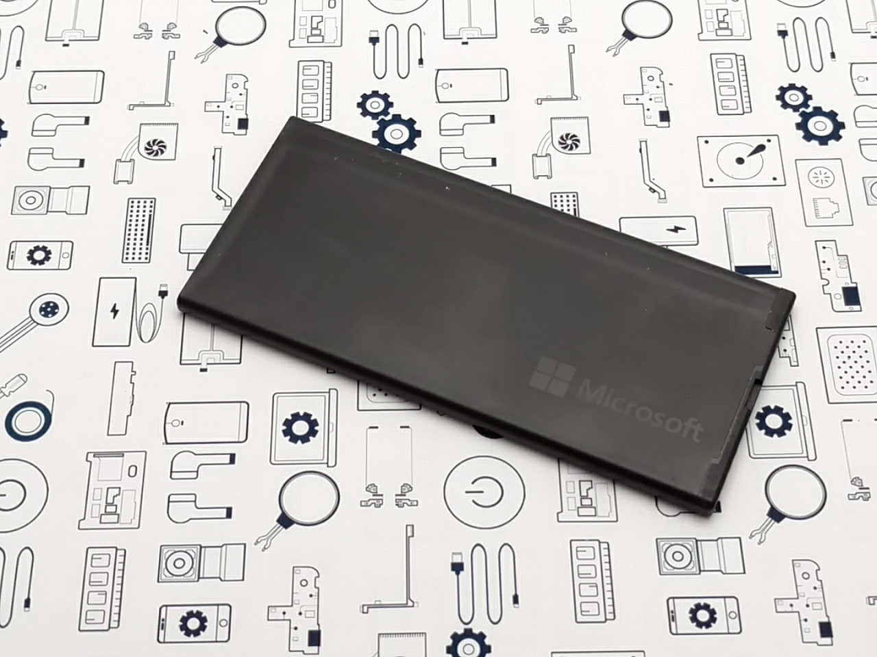 Батарея аккумуляторная Microsoft Lumia 640XL BV-T4B Сервисный оригинал с разборки (до 10% износа)