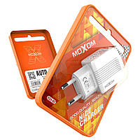 Зарядное устройство 2-USB 2.4A MOXOM KH-47 white