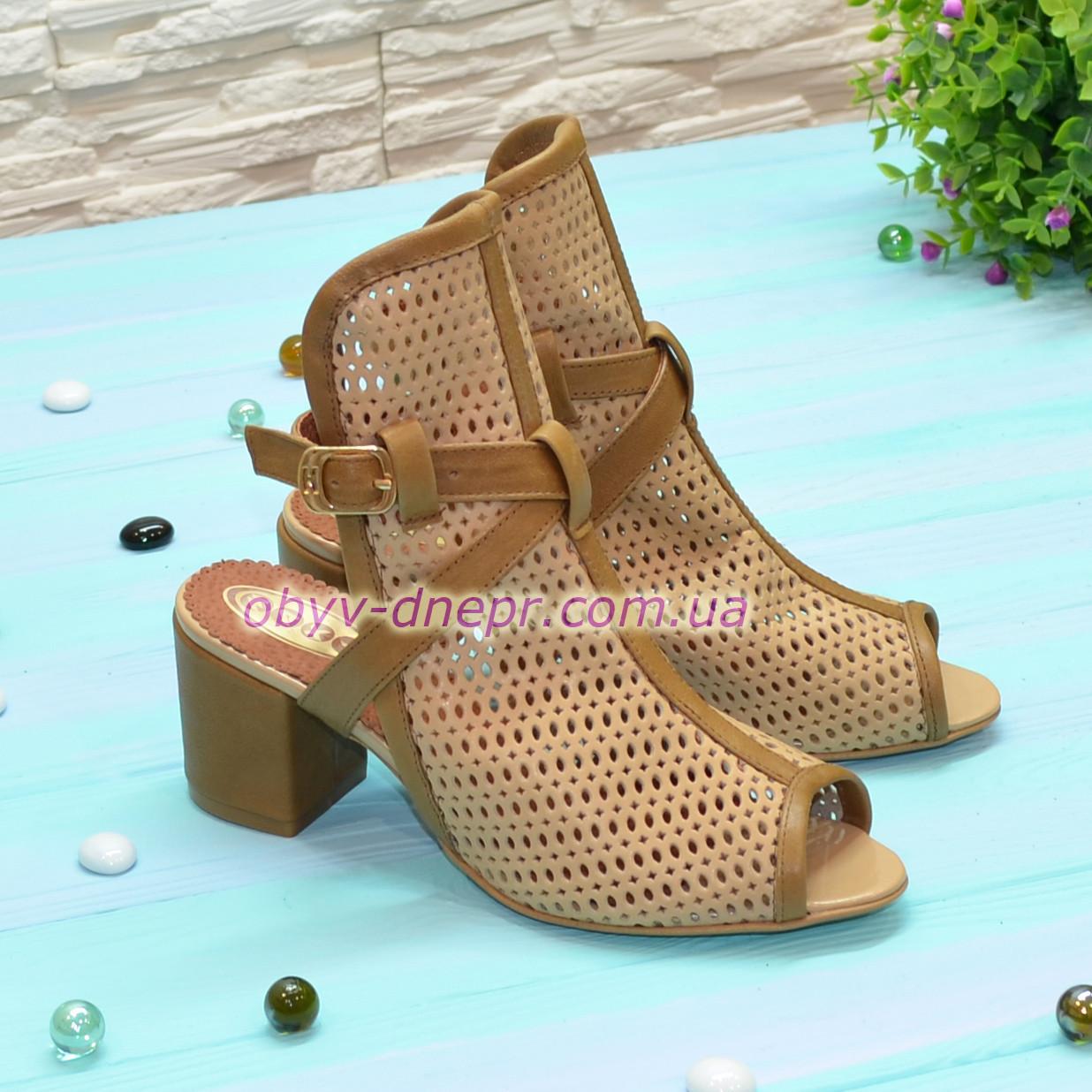 Босоножки женские кожаные на устойчивом каблуке. 37 размер
