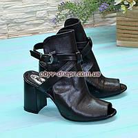 Женские кожаные босоножки на высоком устойчивом каблуке, цвет черный. 36 размер