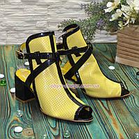 Босоножки женские комбинированные на устойчивом каблуке. 37 размер