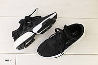 Женские кроссовки в сеточку, черный