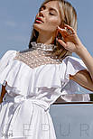 Легкая женская блуза с воланом и прозрачной кокеткой белая, фото 3