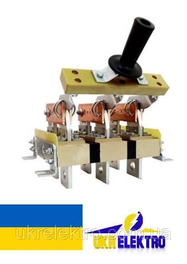 Разъединитель РЕ19-41-322100 1000А трехполюсный заднего присоединения шин с центральной рукояткой ип