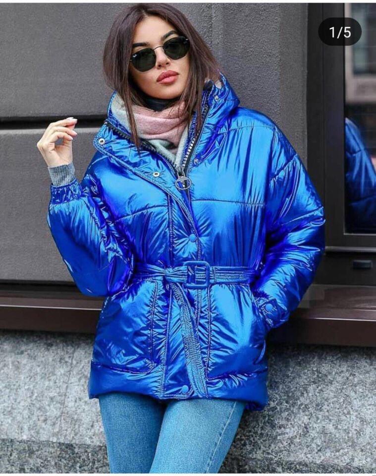 Модная блестящая куртка