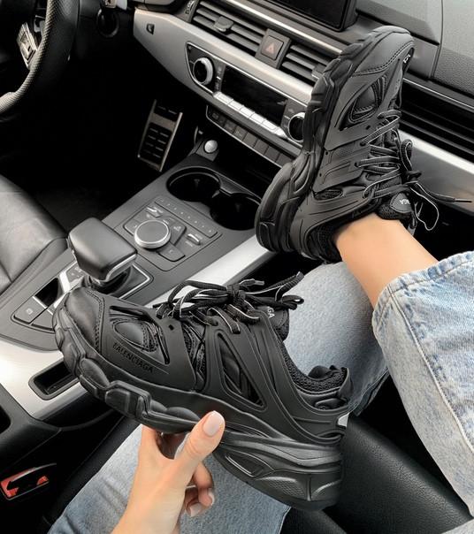Жіночі кросівки Balenciaga Track All Black, Репліка