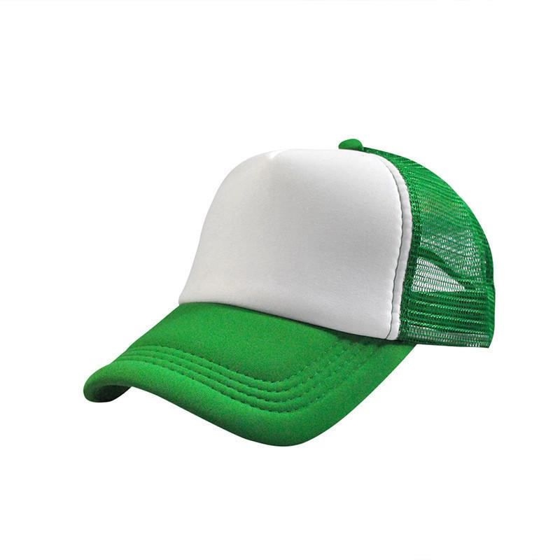 Кепка бейсболка зеленого цвета с сеточкой
