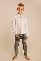 Вышиванка для мальчика с геометрическим орнаментом молочная, фото 1