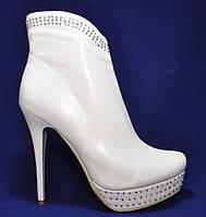 Ботильоны женские свадебные белые демисезонные. Размеры 35, 36, 38, 39, 40. Louisa Peeress R1149-E187.