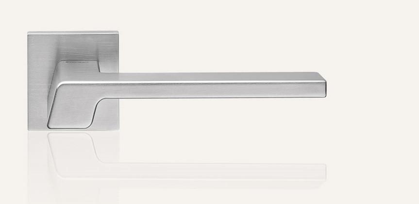 Ручки для дверей Linea Cali Stream хром матовий