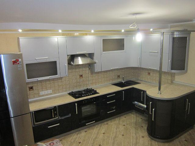 Стильный кухонный набор мдф
