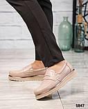 Стильные бежевые женские туфли лоферы, фото 3