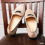 Шикарные бежевые кожаные туфли лоферы с декором, фото 4