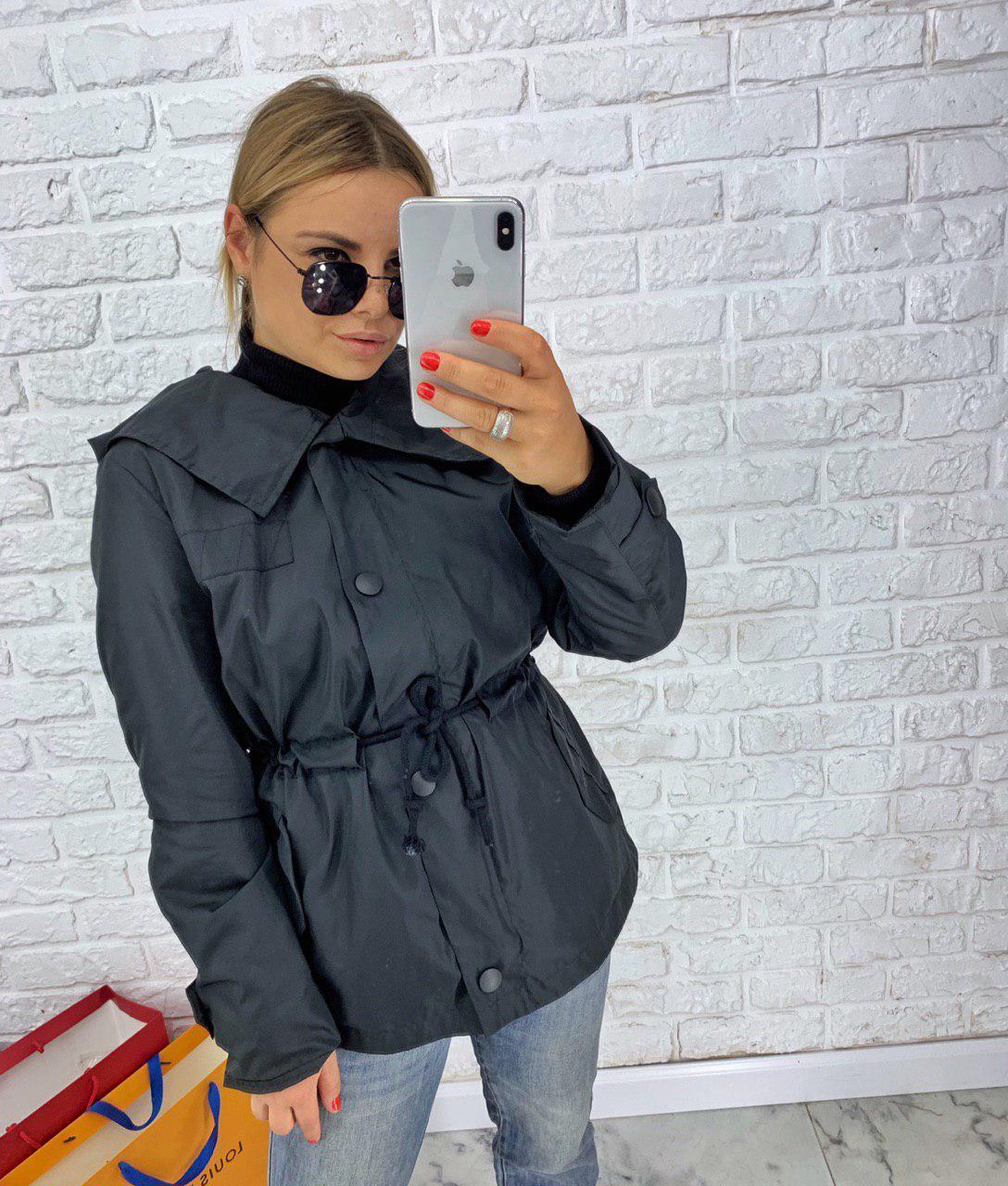 Женская демисезонная куртка черного цвета с капюшоном 42-48 р