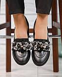 Лоферы женские кожаные с декором черные, фото 6
