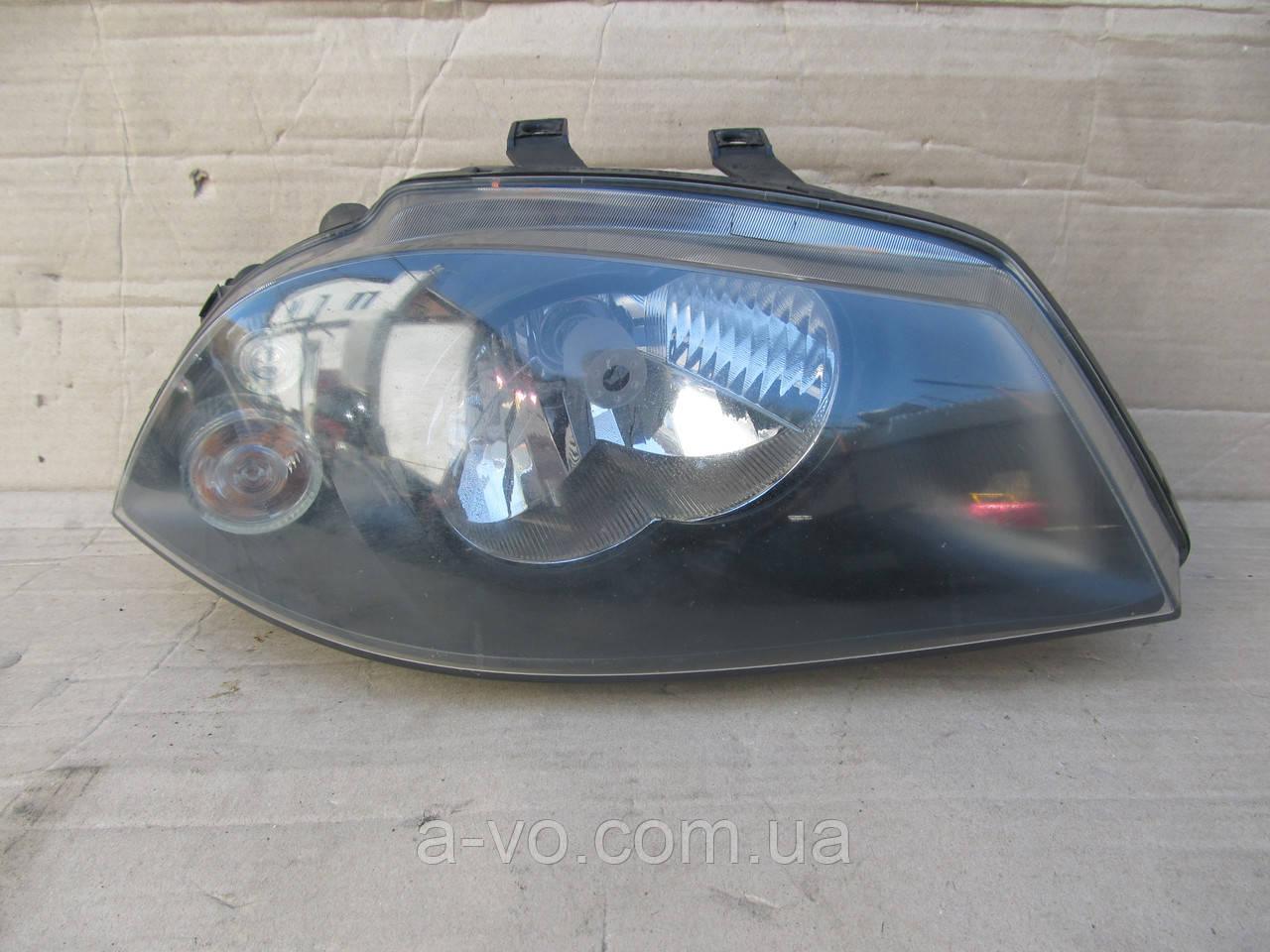 Фара правая для Seat Cordoba 6L Ibiza 3, Valeo 6L1941752M, 89318585