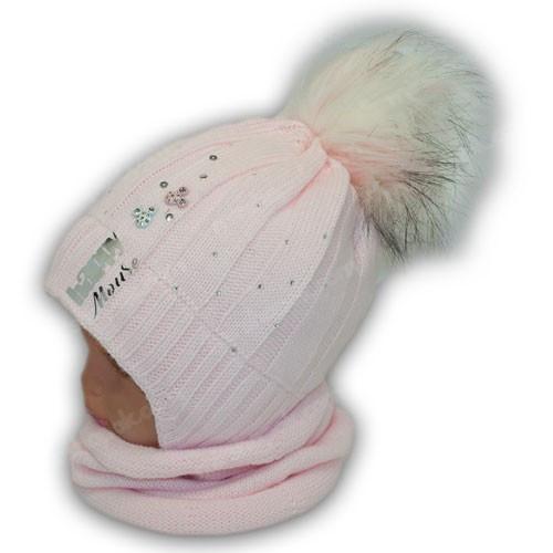 Детский комплект - вязаная шапка и шарф (хомут) для девочки