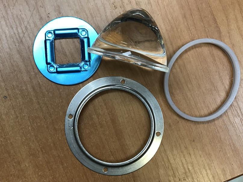 Линза для светодиодной матрицы 20-200W SL-78 78мм 30-45* с креплением Код.59625