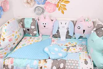 Комплект в кроватку  игрушки  на 4 стороны