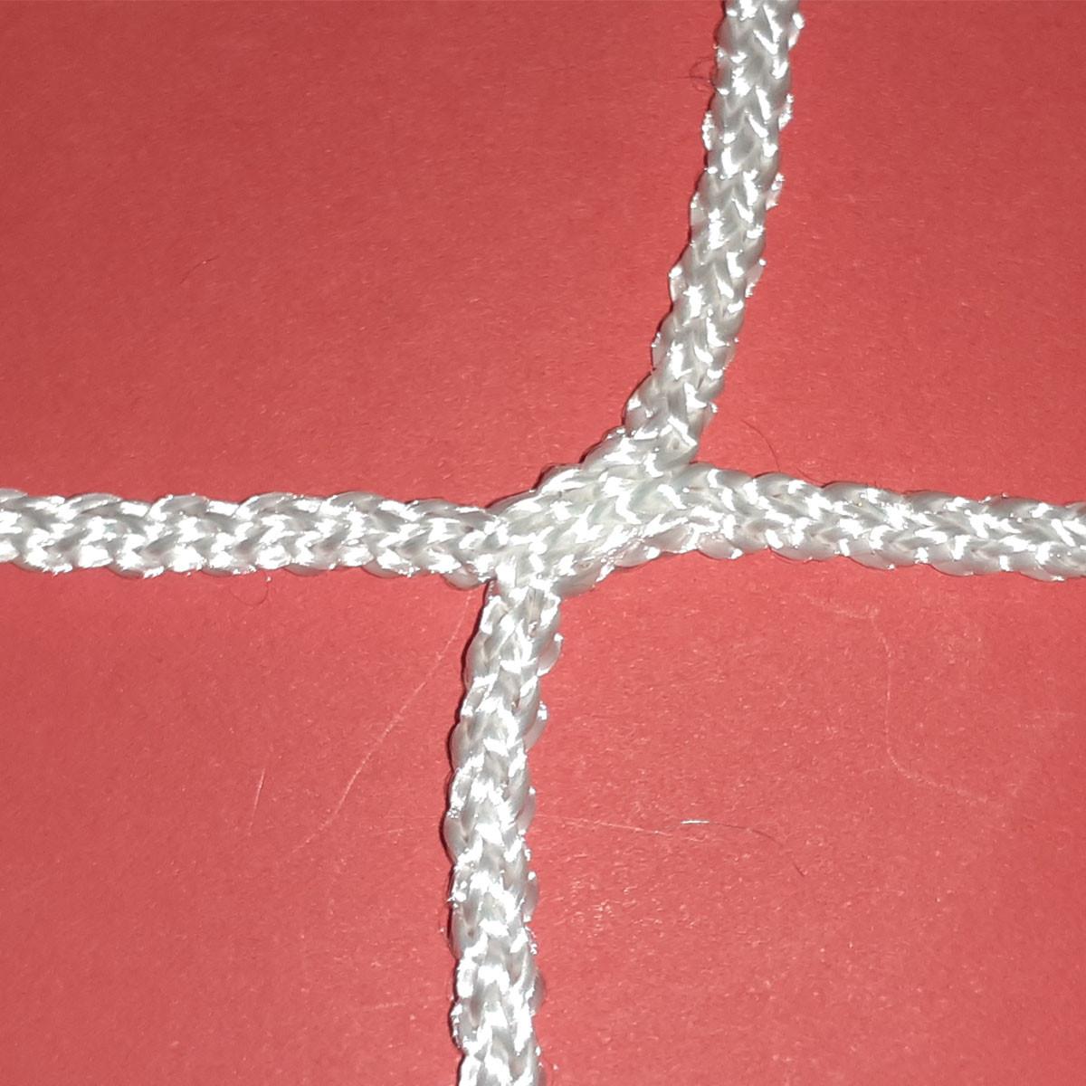 Сетка заградительная безузловая испанская, D – 4 мм, ячейка – 3,5 см, для защиты окон в спортзале, белая