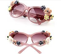 Модные женские солнцезащитные Очки Dolce Gabbana Flowers с объемными цветами сонцезахисні окуляри на 8 марта