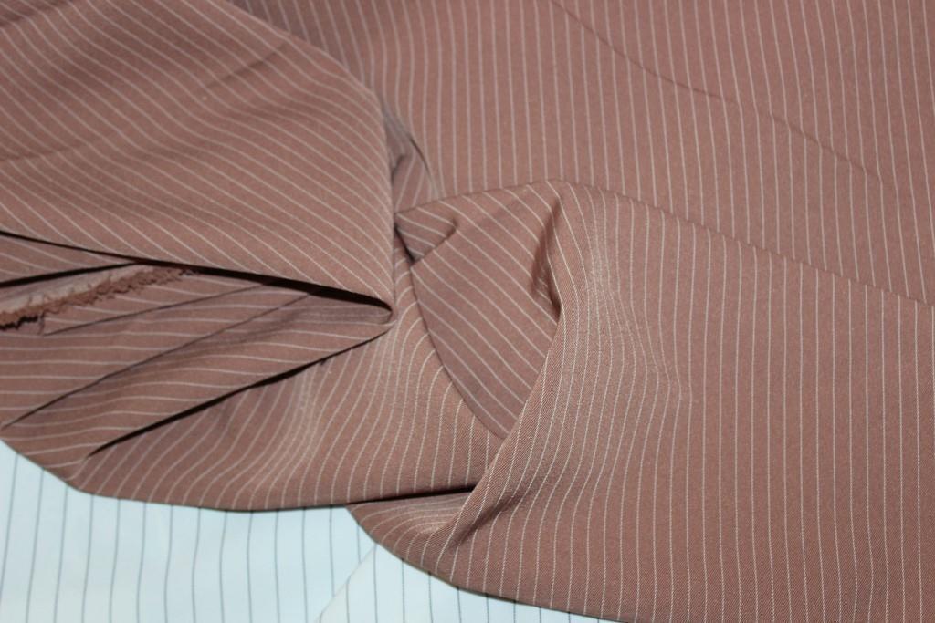 Ткань костюмная полоса, беж персиковый, полоса узкая № 406 (осень не плотная, не стрейч), фото 1