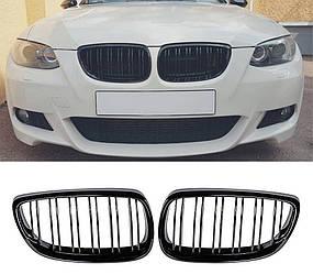 Решетка радиатора BMW E92 ноздри (06-10) дорестайл стиль M3 (черный глянц)