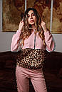 Женский спортивный костюм с вставками леопардового принта и капюшоном 20spt716, фото 2