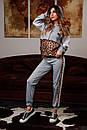 Женский спортивный костюм с вставками леопардового принта и капюшоном 20spt716, фото 3
