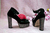Черные замшевые босоножки на толстом каблуке платформа серебро блестки