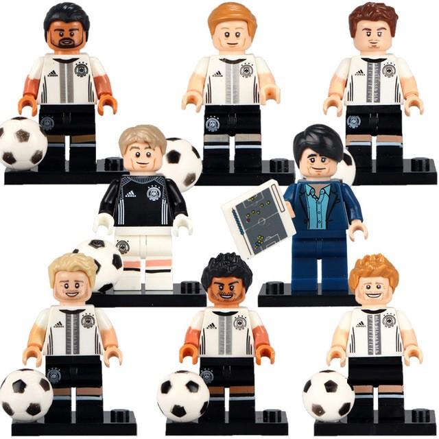 Фигурки лего Lego сборная Германии Нойер Хуммельс Шюррле Кроос Хедира Гётце