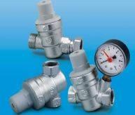 Установка редукторов давления воды в электроводонагревателе