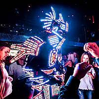 Dragon Knight Show - Рыцари-Драконы. 5000 светодиодов на костюме, прыгают до 3х метров.