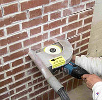 Штроблення стіни під провід (цегла)