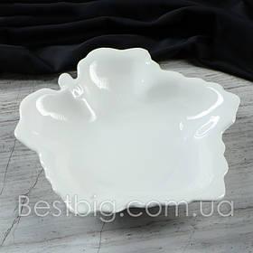 Блюдо кленовый лист, Белое (Славянская Керамика)