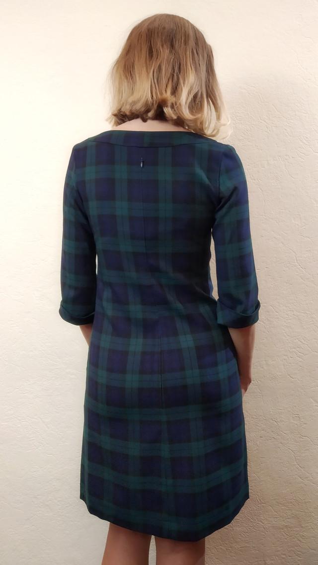 Женское теплое платье трапеция в клетку П190