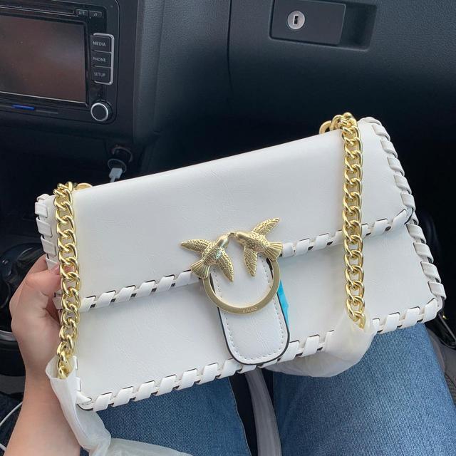 стильная сумка Pinko Luxe