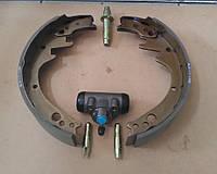 Ремкомплект тормозов - колодки, цилиндр тормозной, механизм регулировки, Toyota 5-я, 6-я, 7-я, 8-я серии