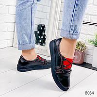 Женские кожаные мокасины туфли на низком ходу черные с красным на узкую ногу, фото 1