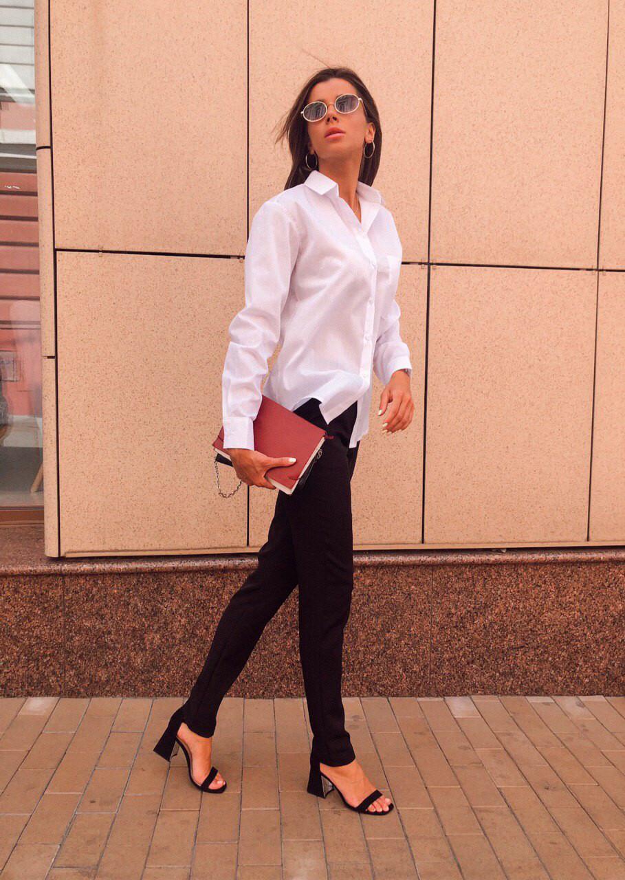 Стильная белая женская рубашка