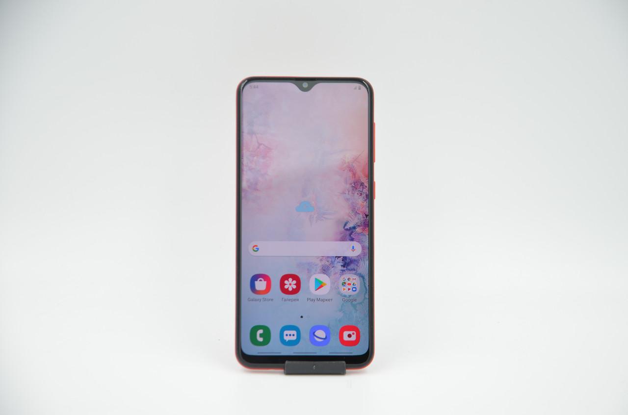 Смартфон Samsung Galaxy A20 3/32Gb