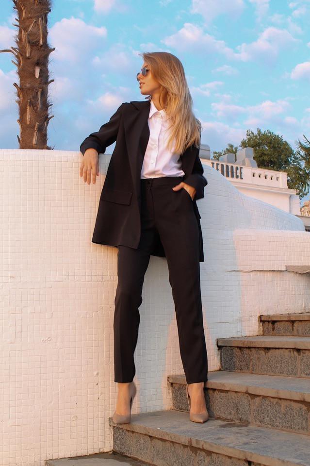 Костюм ( пиджак и брюки), креп-костюмка. Размер: С(42-44)М(44-46). Разные цвета (1163)