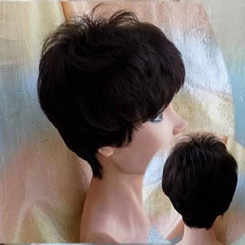 Короткий парик из канекалона черный кофе 4400-2