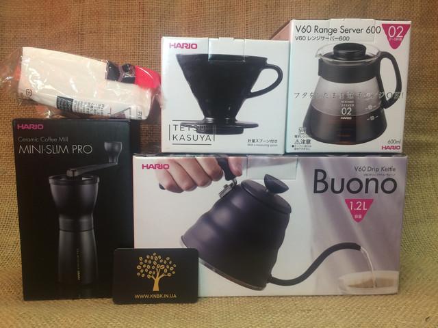 Подарочный набор для альтернативногоприготовления кофеHario V60 02 BLACKPlus+