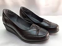 Комфортные кожаные туфли на танкетке больших размеров Romax, фото 1