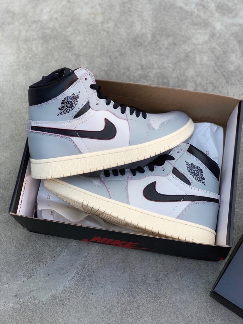 """Баскетбольные кроссовки в стилеNike Air Jordan 1 Retro """"Black/Gray"""" ( в стиле Найк )"""